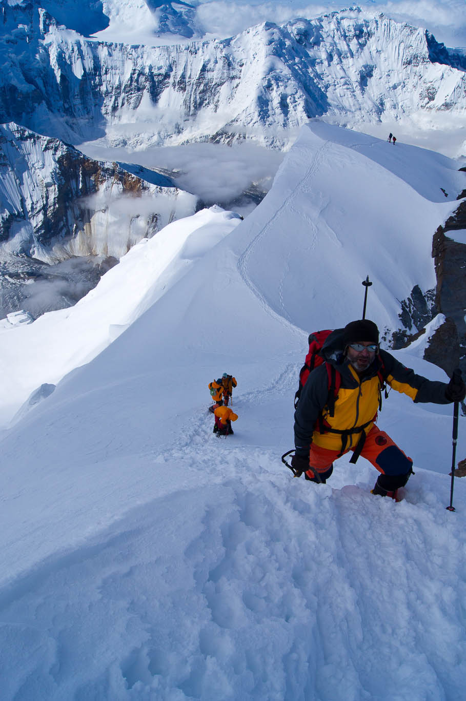 7105 m – special article by Miguel